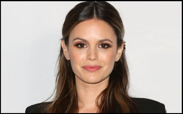 You are currently viewing Motivational Rachel Bilson Quotes And Sayings