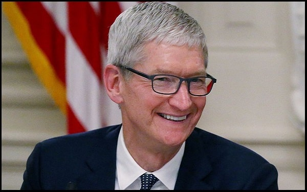 Read more about the article Motivational Tim Cook Quotes And Sayings