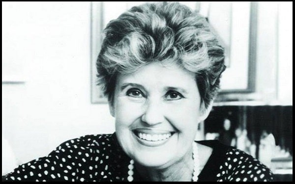 Read more about the article Motivational Erma Bombeck Quotes And Sayings