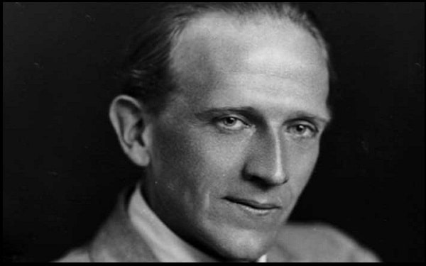You are currently viewing Alan Alexander Milne Quotes And Sayings