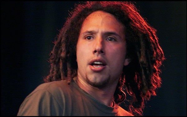 You are currently viewing Motivational Zack de la Rocha Quotes And Sayings