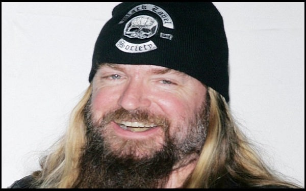 Read more about the article Motivational Zakk Wylde Quotes and Sayings