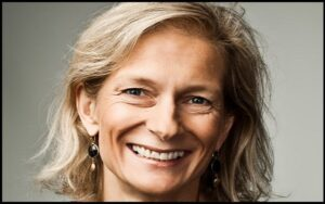 Read more about the article Motivational Zanny Minton Beddoes Quotes and Sayings