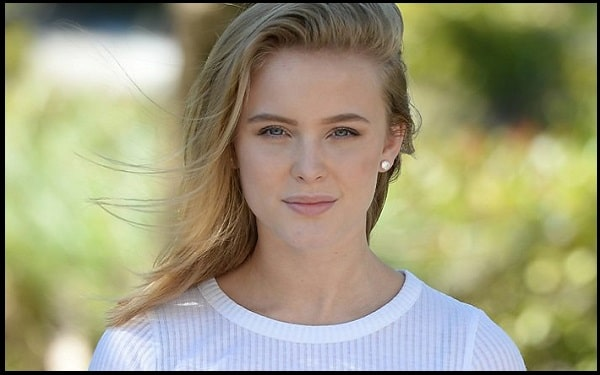 Read more about the article Motivational Zara Larsson Quotes And Sayings