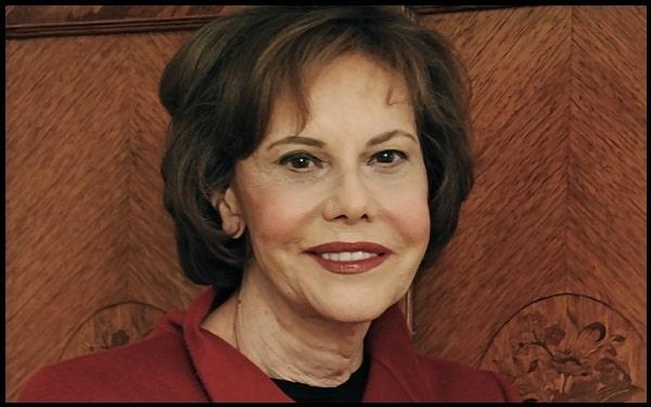 Motivational Barbara Goldsmith Quotes And Sayings